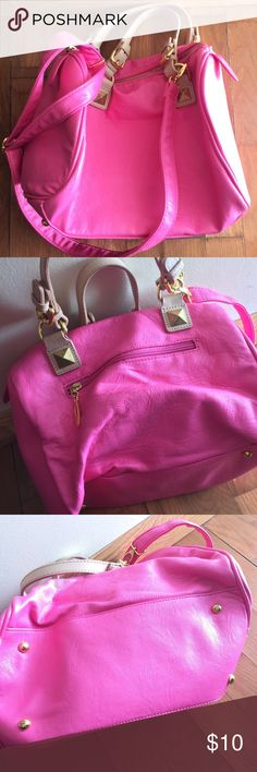 1838593e1c36 Cute Purse💖 Cute pink purse Excellent condition like new 💖💖💖💖💖💖 Bags  Satchels