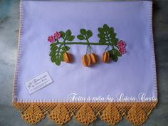 Create beautiful tablecloths, napkins and more with these crochet edges and fruit free patterns! More Patterns Like This!