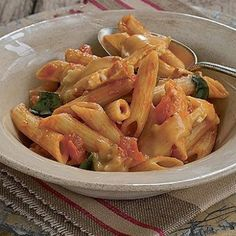 Brie, basil and sun-dried tomato pasta sauce Tomato Pasta Sauce, Fresh Pasta, Food Categories, Sun Dried, Brie, Pasta Dishes, A Food, Food Processor Recipes, Cooking