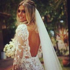 Casamento na Praia Ibiza Wedding, Dream Wedding, Wedding Day, Weeding Dress, Glamour, Wedding Veils, Hair Wedding, Wedding Hairstyles, Bridal Hairstyle