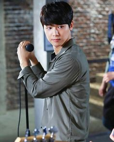 Kang Min Hyuk Cnblue, Minhyuk, Kang Min Hyuk, Romantic Doctor, Krystal Jung, Drummer Boy, Park Shin Hye, Asian Men, Asian Guys