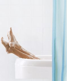 Speed-cleaning tips for the shower