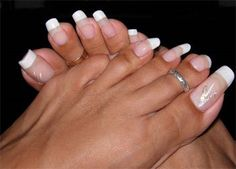 Long toenails, made to appear shorter by making the french tip higher up and elo… – Long Nails – Long Nail Art Designs Pretty Toe Nails, Wow Nails, Pretty Toes, Simple Toe Nails, Crazy Nails, Glam Nails, Pink Nails, French Toe Nails, French Toes