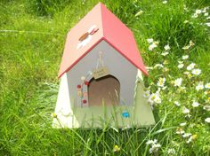 Bug / Wildlife House £24.50 + £10.00 P&P - Creative Connections