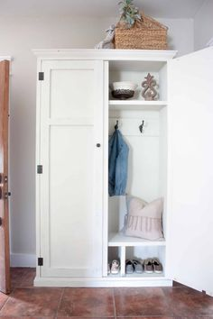 See how you can transform your entry way with hiding a cute mudroom setup inside an armoire! Free plans for a DIY mudroom in an armoire! Home Office Furniture, Furniture Projects, Furniture Plans, Kitchen Furniture, Diy Furniture, Diy Projects, Project Ideas, Woodworking Projects, Restoring Furniture
