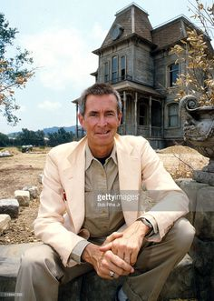 File photo of Actor/Director Anthony Perkins taken 1/10/86 in front of the house used in the movie 'Psyco & Psycho II' on the Universal Studios lot in Studio City, Calif.