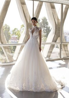 Meet the Blyth dress from the Cruise Collection. Lace Wedding Dress, Gorgeous Wedding Dress, Princess Wedding Dresses, Best Wedding Dresses, Wedding Looks, Bridal Dresses, Wedding Day, Hollywood Glamour, Rembo Styling