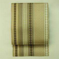 Brown, zentsu hassun, antique nagoya obi / 茶系織りの幾何学縞柄全通八寸名古屋帯