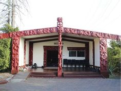 Manurewa Marae Manurewa Auckland Carver (under Dr Pakaariki Harrison) He Is Able, Auckland, New Zealand, Pergola, Outdoor Structures, Architecture, House, Ideas, Maori