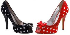 ... and who doesn't LOVE polka dots?! Dune Lotty Peep Toe Shoes - Shoeperwoman: http://www.shoeperwoman.com/2009/05/dune-lotty-polka-dot-peep-toe-shoes.html#