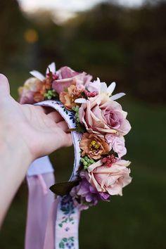 Ozdoby do vlasov - Ľudová svadobná kvetinová parta - 5859939_