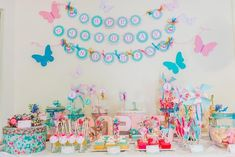 Unique and creative first birthday party ideas for girls, 1 year birthday party themes that are not princess or cartoon-based.