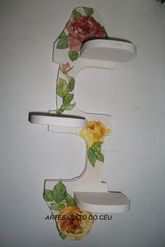 Porta Vasinhos Rosas Amarelas- R$ 25,00 Cod. PMC 033