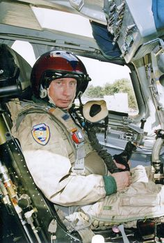 100%™ Vladimir Putin, Russian president in Russian helicopter