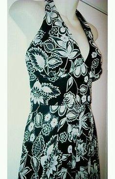 AGB DRESS Women Size 12 CHIFFON FLORAL Low Cut V Halter Dress