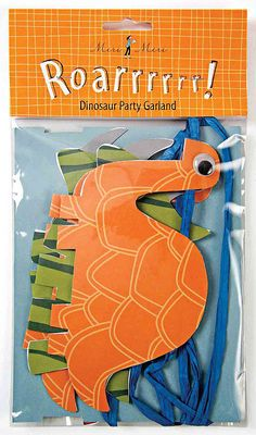 dinosaur party garland from plumparty.com