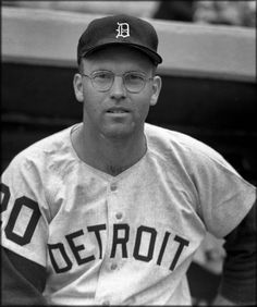 Fred Earl Gladding, former baseball pitcher with the Detroit Tigers and the Houston Astros, died May he was age Detroit Sports, Detroit Tigers Baseball, Tiger Beat, Houston Astros, Vintage Pictures, Michigan, Wisconsin, Mississippi, Louisiana