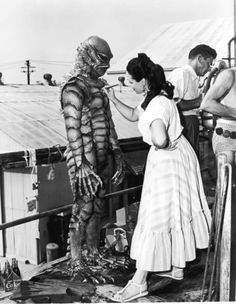 Disney animator Millicent Patrick never received the deserved credit for her role in designing the iconic Gill-man costume for Creature from the Black Lagoon Famous Monsters, Sea Monsters, Classic Horror Movies, Pulp, Black Lagoon, Classic Monsters, Vintage Horror, Movie Props, Movie Tv