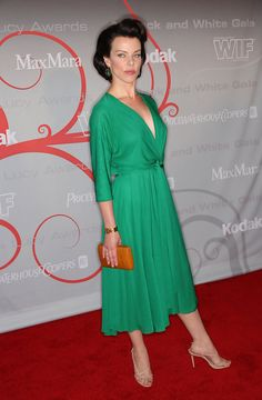 Share, rate and discuss pictures of Debi Mazar's feet on wikiFeet - the most comprehensive celebrity feet database to ever have existed. Debi Mazar, Celebrity Feet, Timeless Beauty, Awards, Spring Summer, Formal, Chic, Celebrities, Womens Fashion