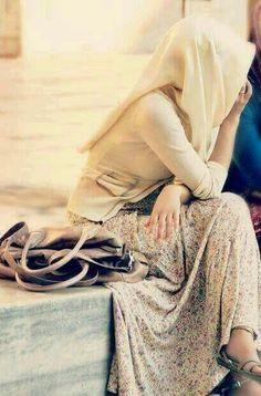 Ideas Style Hijab Street Chic For 2019 Hijabi Girl, Girl Hijab, Hijab Outfit, Hijab Niqab, Street Hijab Fashion, Muslim Fashion, Muslim Girls, Muslim Women, New Girl