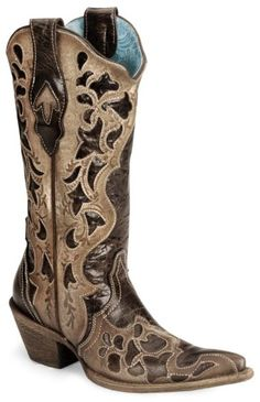 Every country girl needs a pair of cowboy boots!!