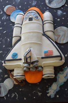 Space shuttle cake