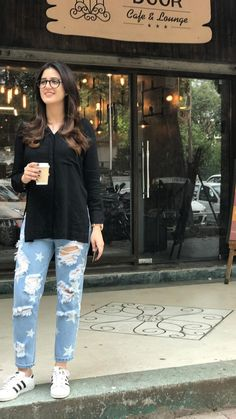 Casual College Outfits, Classy Outfits, Chic Outfits, Trendy Outfits, Western Dresses, Western Outfits, Western Wear, Casual Indian Fashion, Kurta Style