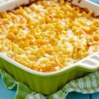 Deze goed gevulde macaroni combineert de hartige smaken van cheddar, pecorino romano, gruyère en munster kaas.