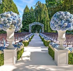 1 - The Perfect Southampton Wedding by Preston Bailey Wedding Set Up, Blue Wedding, Perfect Wedding, Wedding Colors, Wedding Flowers, Dream Wedding, Summer Wedding, Outdoor Wedding Decorations, Outdoor Wedding Venues