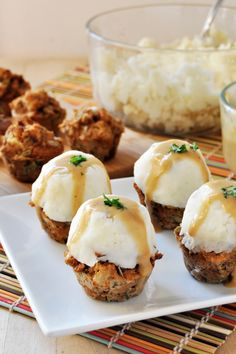 Vegan Stuffing-Muffins with Mashed Potatoes and Gravy Recipe