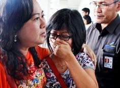 AirAsia plane missing+video, with 162 aboard, A jet flying from Surabaya, Indonesia, to Singapore with 162 people aboard lost contact with air traffic control