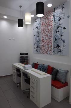 Área de manicure Salón de belleza by Innis Design