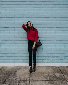 58 ideas fashion model poses photo shoots simple for 2019 Fashion Model Poses, Portrait Photography Poses, Photography Poses Women, Fashion Models, Best Photo Poses, Girl Photo Poses, Girl Photos, Look Fashion, Fashion Outfits
