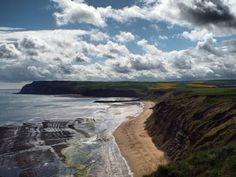 #skininggrove #saltburn #Clevelandway #England #UK #Britain #sky #sea #Beach #clouds #photography #nofilter #walk #hike #hiking by andy_roxby