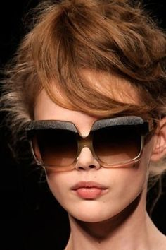 Fendi sunglasses The original Ray Ban aviator in Black Ray Ban Sunglasses Sale, Sunglasses Outlet, Sunglasses Online, Sunglasses Women, Baseball Sunglasses, Discount Sunglasses, Retro Sunglasses, Black Sunglasses, Oversized Sunglasses