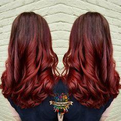 Zee red death melt on Cora #goldwell #topchic #brazilianbondbuilder #b3 #behindthechair #modernsalon #beautylaunchpad #hotonbeauty #americansalon #hairbykaseyoh