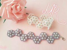 YouTube Beaded Bracelet Patterns, Beading Patterns, Diy Jewelry, Beaded Jewelry, Crochet Flower Tutorial, Seed Bead Bracelets, Bijoux Diy, Bracelet Tutorial, Beading Tutorials