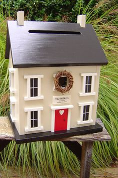 House Of Cards - A miniature-sized replica of your new home! Such a cute idea for a card box!!!