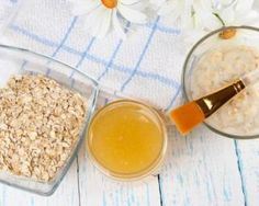 Why Your Skin Craves Oatmeal - Includes recipe for a soothing smoothing oatmeal mask. Organic Skin Care, Natural Skin Care, Best Homemade Face Mask, Oatmeal Mask, Honey Facial, Beauty Routines, Superfood, Healthy Skin, Cravings
