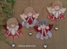 Best 12 Use your imagination with diagram and make an ornament; make tinfoil wings or lace – SkillOfKing. Angel Crafts, Christmas Projects, Felt Crafts, Holiday Crafts, Simple Christmas, Handmade Christmas, Christmas Wreaths, Christmas Crafts, Christmas Decorations