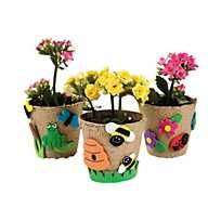 Featuring ladybugs, frogs, bees and flowers, this garden pot craft kit makes a fun activity for a garden party or springtime celebration. Wreath Crafts, Jar Crafts, Kids Crafts, Arts And Crafts, Bible Crafts, Easter Crafts, Small Flower Pots, Solar Light Crafts, Diy Solar
