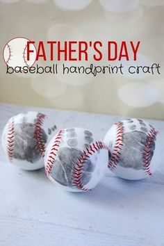 Baseball Handprint Craft: Knock Fathers day out of the park this year with this sentimental gift idea. Click through to find more Fathers Day DIY craft ideas that Dad will love to get from kids and adults. Diy Father's Day Gifts Easy, Easy Fathers Day Craft, Father's Day Diy, Gifts For Father, Easy Diy, Simple Diy, First Mothers Day Gifts, Parent Gifts, Kids Gifts