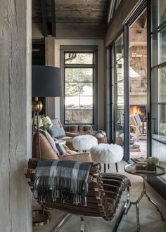 You can find this modern chalet design in the USA. The chalet is located near the ski resort. So, there's a sauna, heated pool, and outdoor terrace. House Design, Cabin Style, Rustic House, Interior Design, Cabin Interiors, Home, Interior, Cabin Decor, Home Decor