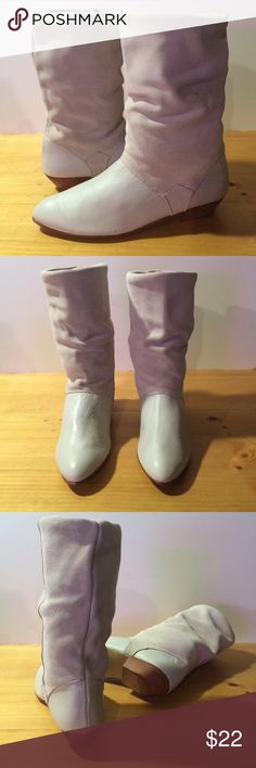 Women's size 8.5 White/Beige Made in Spain Boots Awesome pair of 8.5 white/beige boots made in Spain. See photos and please message with any questions :) Homemade in Spain Shoes Heeled Boots