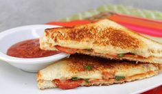 Grilled Cheese Pepperoni Pizza Sandwich - Inspired by Family Pepperoni Sandwich, Pizza Sandwich, Sandwich Recipes, List Of Sandwiches, Four Cheese Pizza, Cooking Recipes, Yummy Food, Marinara Sauce, Quesadillas
