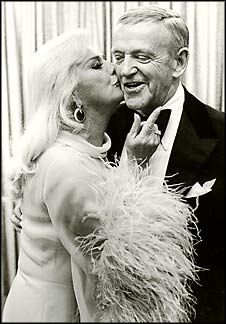 Fred Astaire and Ginger Rogers. soooo adorable!