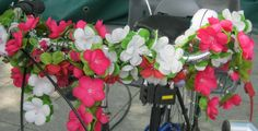 bunt ist das Leben Bunt, Floral Wreath, Wreaths, Plants, Home Decor, Life, Floral Crown, Decoration Home, Door Wreaths