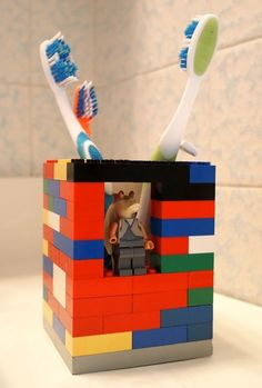 DIY a totally winning toothbrush holder out of Lego bricks...