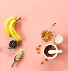 chocolate peanut butter banana snack break (V + GF), minimalist baker Peanut Butter Banana Bread, Gluten Free Banana Bread, Chocolate Banana Bread, Peanut Butter Chips, Dairy Free Chocolate, Chocolate Peanut Butter, Delicious Vegan Recipes, Vegan Desserts, Nutritious Snacks
