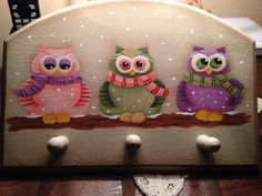 owls; I may have to make this for Sara, she'd love it!
